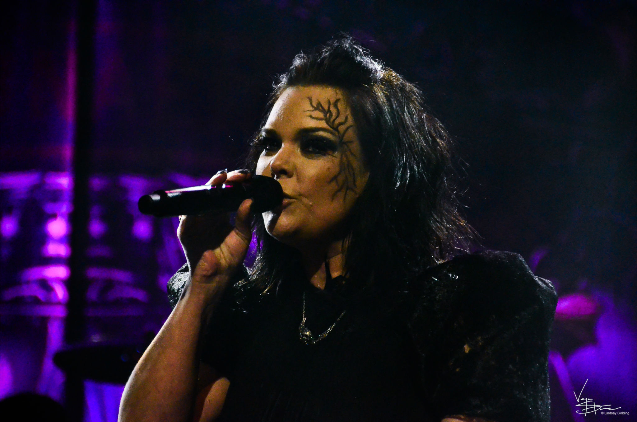 images_AnetteOlzon
