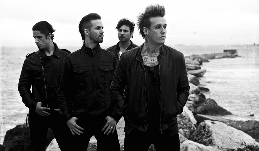 images_articles_stiri_PapaRoach15