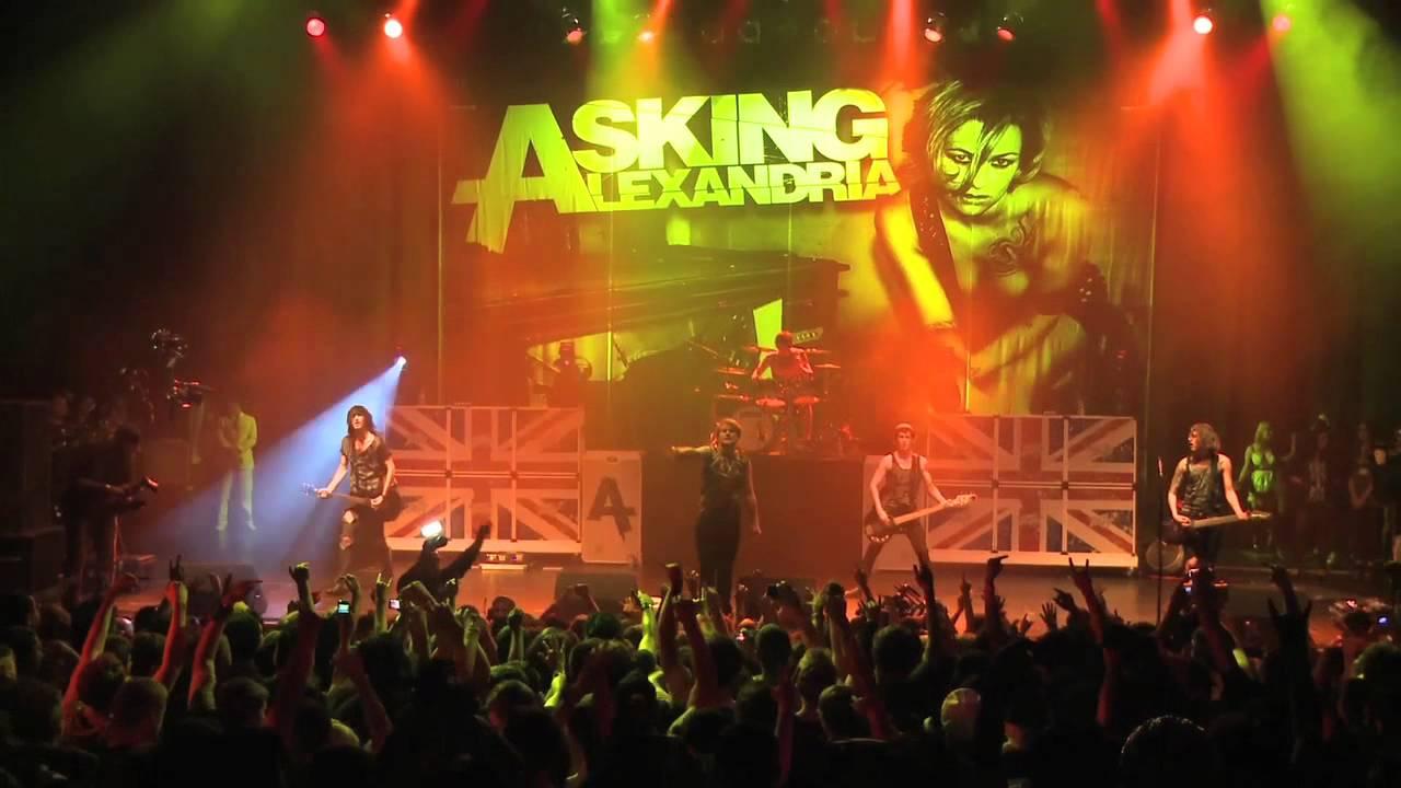 "Asking Alexandria lanseaza videoclipul pentru piesa ""Breathless"""