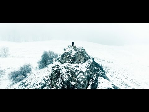 """Diamonds Are Forever – """"New Foundations"""" (videoclip nou)"""