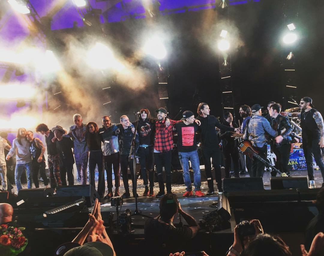Linkin Park & Friends
